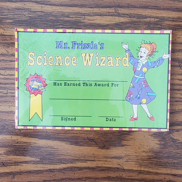 Mrs. Frizzle's Science Awards pack of 30